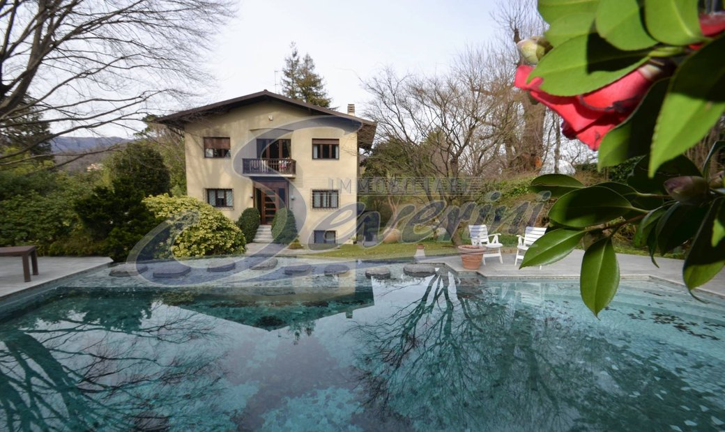 Single house for sale in Montorfano