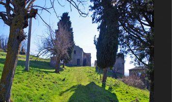 Farmstead / Courtyard for sale in Pienza