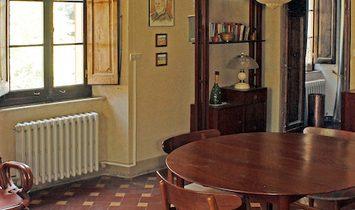 Mansion house for sale in Cortona