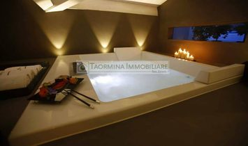 Independent house for sale in Taormina
