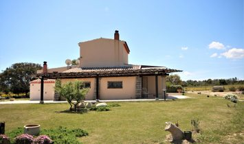 Single house for sale in Arzachena