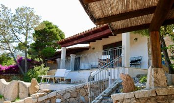 Almost independent house for sale in Arzachena