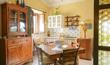 Farmstead / Courtyard for sale in Pienza