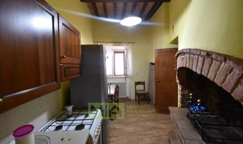 Independent house for sale in Montedinove