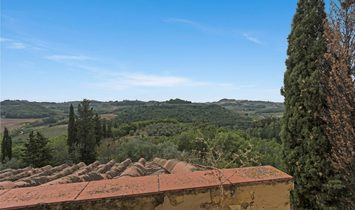 Farmstead / Courtyard for sale in San Casciano in Val di Pesa