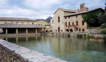 Apartment complex for sale in Grosseto