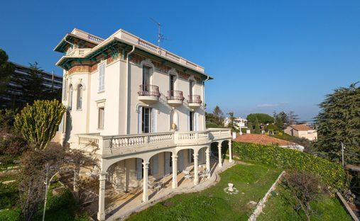 Villa in Nice, France
