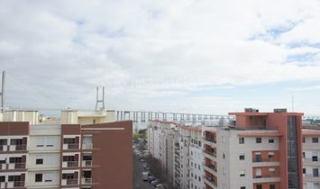 Apartment 3 Bedrooms For sale Lisboa