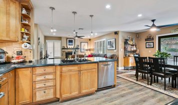 Perfect Pool Property In Agoura Hills