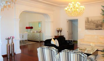 7 bedrooms Lodge for Sale