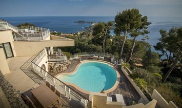 Sale - Villa Villefranche-sur-Mer (MOYENNE CORNICHE)