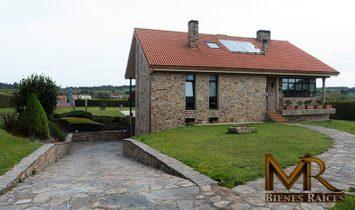 Santa Comba Villa