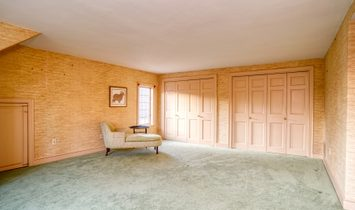 Private Retreat In Historic Keene
