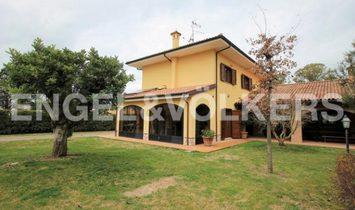 Majestic Villa with charm near Sabaudia