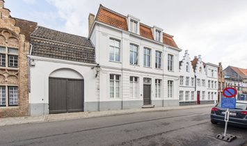 Exclusive mansion in the heart of Bruges!