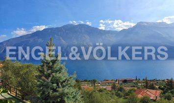 Breathtaking view over the Lake in Limone sul Garda