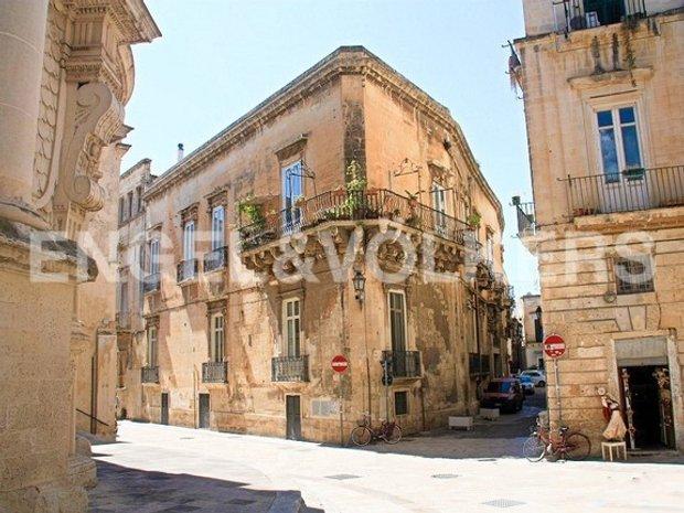 Apartment in Lecce, Apulia, Italy 1