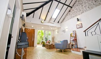 Lovely Cottage Style Semi Detached At Serangoon Gardens