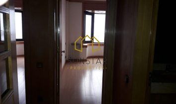 4 bedroom apartment with panoramic views of the Tagus River and the city of Lisbon