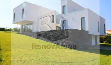 Detached house T5 Sell em Fernão Ferro,Seixal