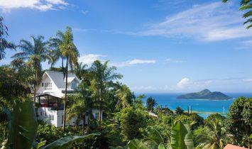 House in Victoria, Mont Fleuri, Seychelles 1