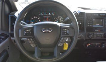 2015 Ford F150 SuperCrew Cab XL Pickup 4D 5 1/2 ft
