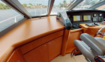 West Bay Motoryacht