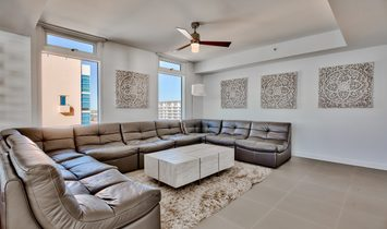 Gulf Front Penthouse In Destin With Private Pool And Amenities