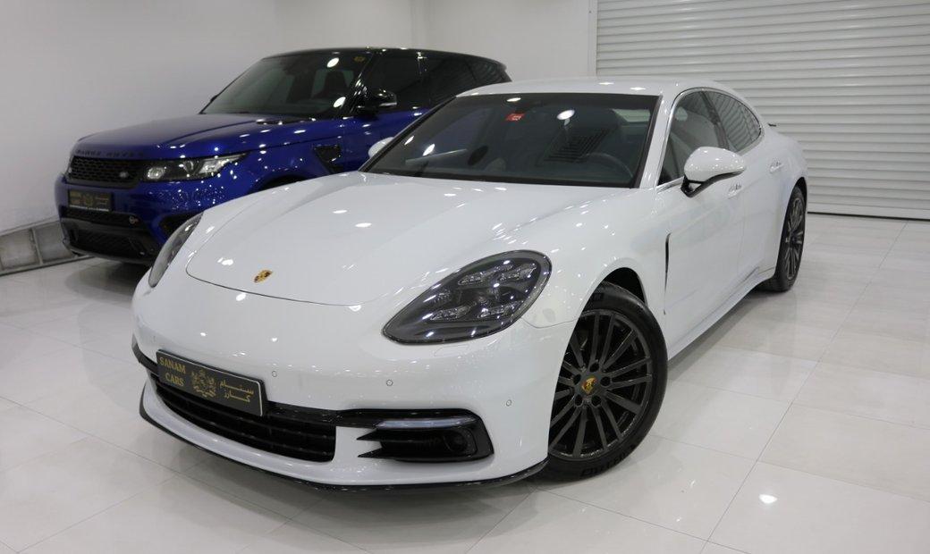 2017 Porsche Panamera 4S awd