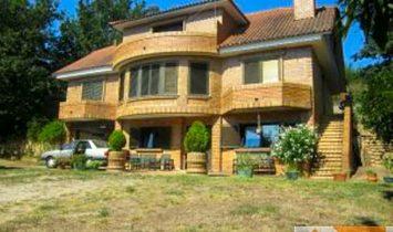 Villa in A Nogueira, Galicia, Spain 1