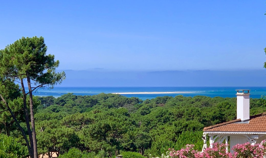 Pyla Sur Mer   Superb Villa With A Stunning View Onto The Sea