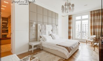 Dpt Paris (75), for sale 16th ARRONDISSEMENT - FOCH - Reception and family apartment of approximatel
