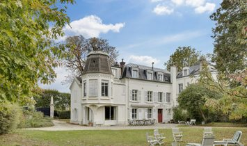 Elegant Historical Property In Croissy Sur Seine