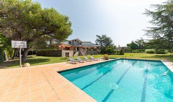 Villa in Montornès del Vallès, Catalonia, Spain 1