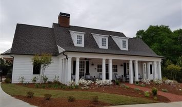 207 Sweetbriar Club Drive, Woodstock, Georgia 30188