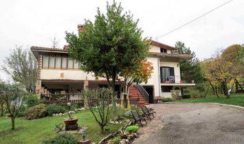 Villa à Leccia, Marches, Italie 1