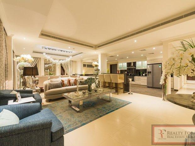 House in Jumeirah Golf Estates, Dubai, United Arab Emirates 1