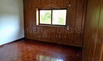 House 6 Bedrooms For sale Setúbal