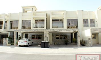 Townhouse for sell in Meydan Dubai