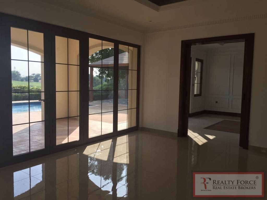 House in Jumeirah Golf Estates, Dubai, United Arab Emirates 1