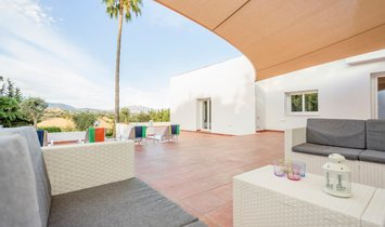 El Padron  	House - Detached Villa
