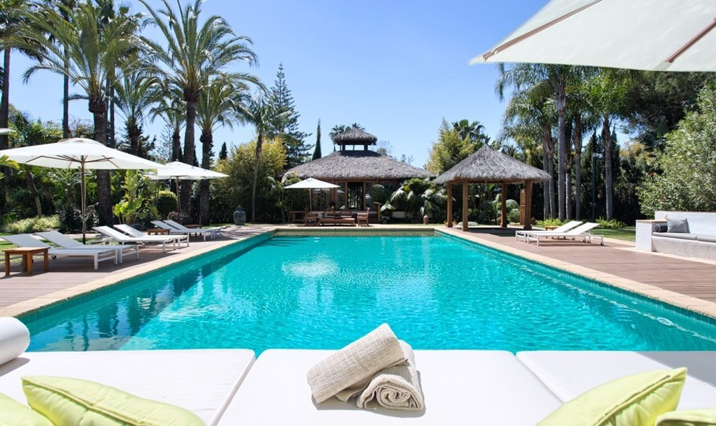 Guadalmina Baja  	House - Detached Villa