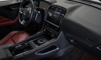 2017 Jaguar F-PACE awd
