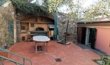 CAMOGLI 300 METERS FROM THE SEA  lovely house with wonderful outdoor spaces