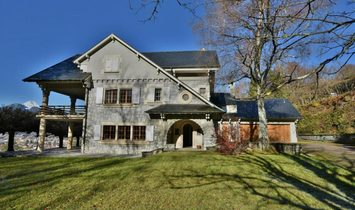 Superb Mansion with big otential