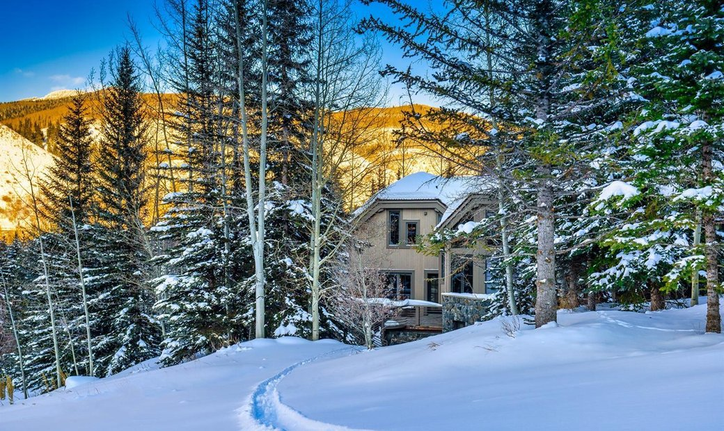 Private Slope-side Paradise