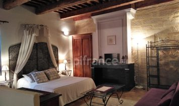Dpt Gard (30), for sale near UZES. Renovated farmhouse: private accommodation and 4 gîtes, swimming