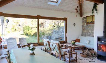 Dpt Savoie (73), à vendre SERRIERES EN CHAUTAGNE maison P7 de 234 m² - Terrain de 3351,00 m²