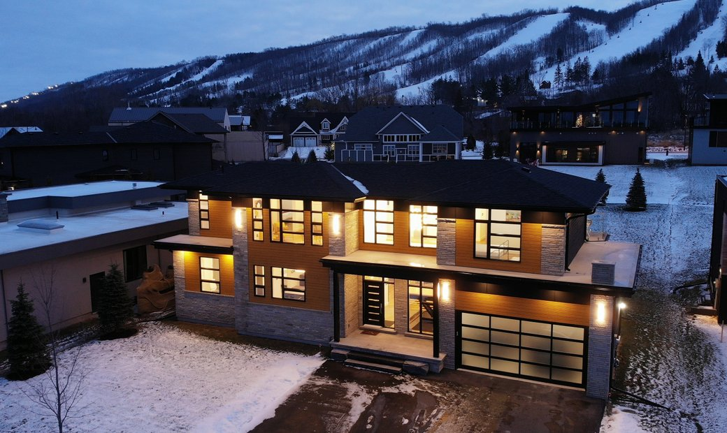 Chic Modern At Blue Mountain