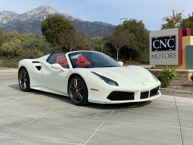 Ferrari 488 Spider (10790614)